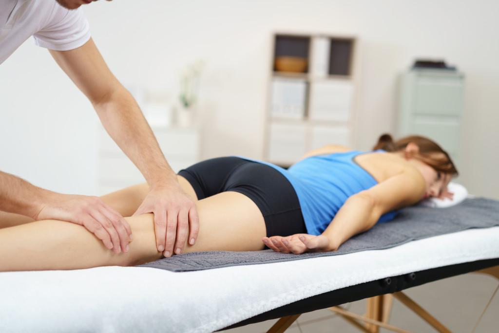 massaging sore muscles